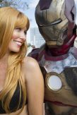 Pepper Potts adn Iron Man