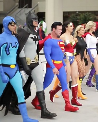 incredibly-cool-cosplay-video-from-dragon-con-2013-preview