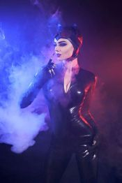 DC's Catwoman by Mellu